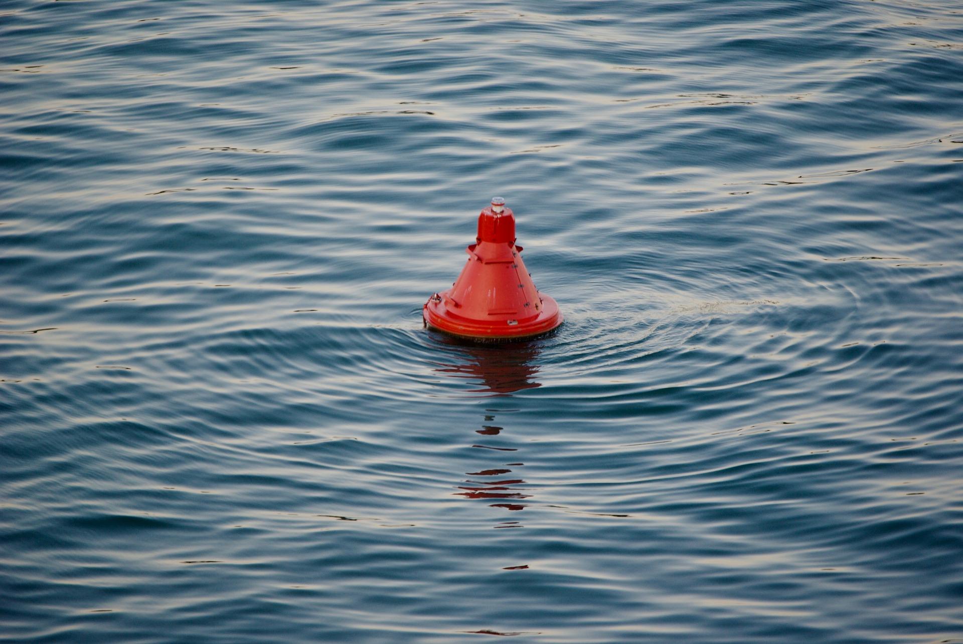 buoy-4140327_1920